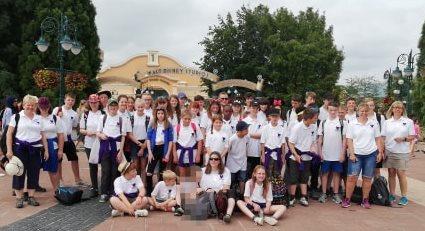 Large group at Euro Disney 2